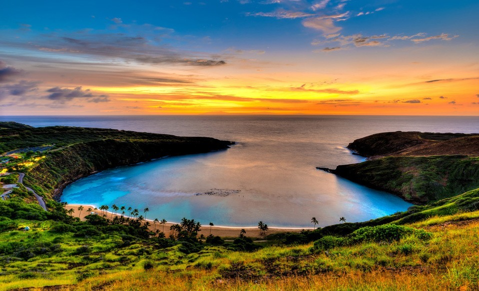 Hanauma Bay The Best Place To Go Snorkeling In Hawaii Places To
