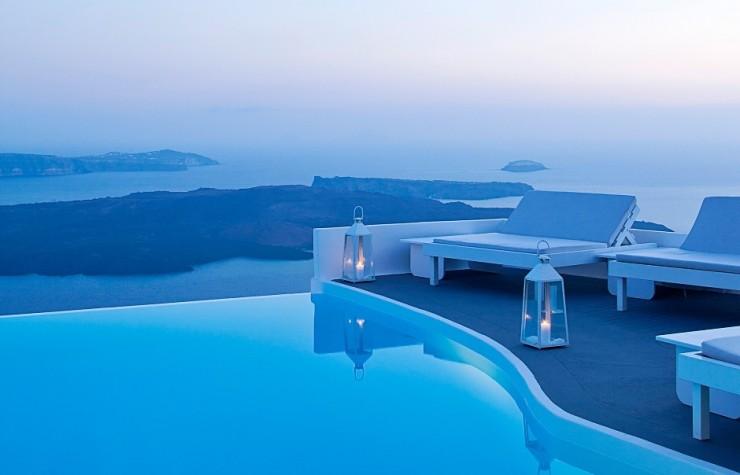 Top 10 Resorts-Chromata