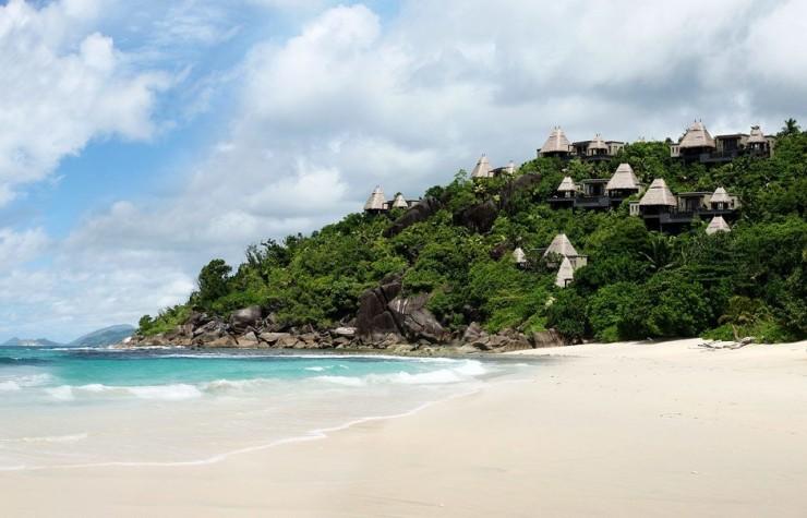 Top 10 Resorts-Maia3
