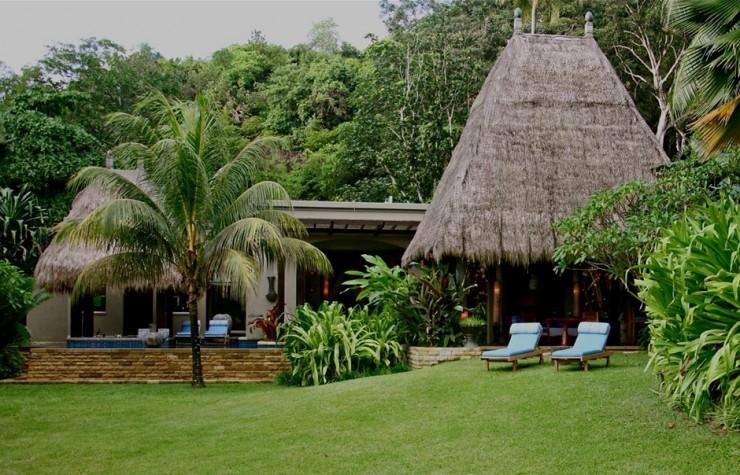 Top 10 Resorts-Maia5