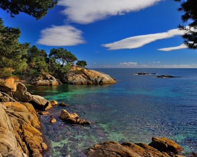 Calonge – a Historic Town with Sandy Beaches and Clear Water in Spain