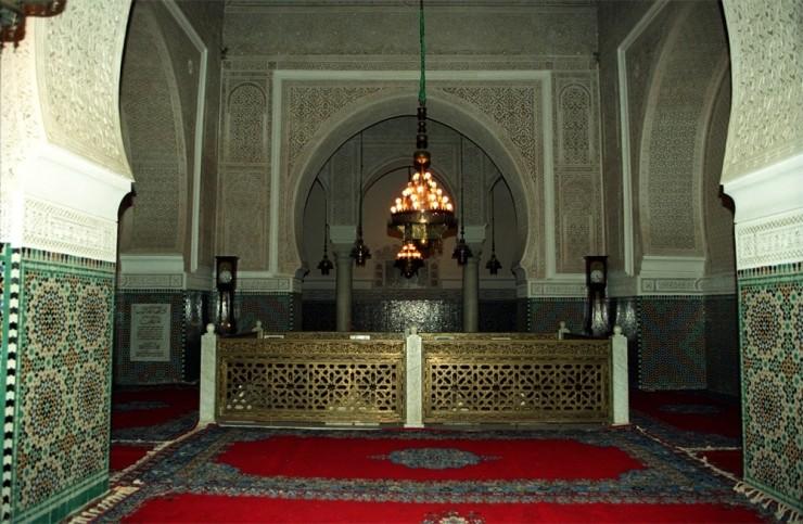 Mausoleum3