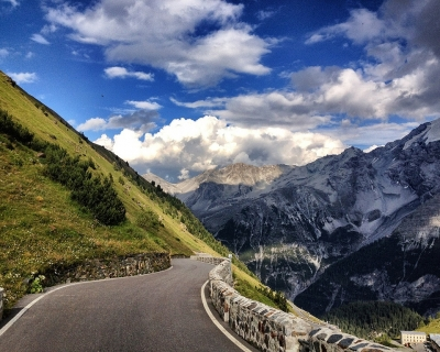 The Stelvio Pass – an Exciting Scenic Ride in the Alps, Italy