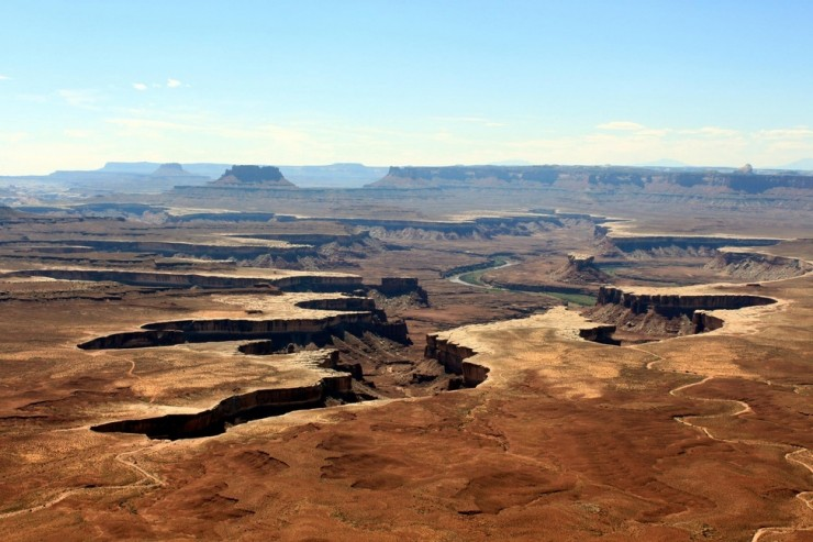 Top 10 Table-Canyonland-Photo by Ludovic Brossault