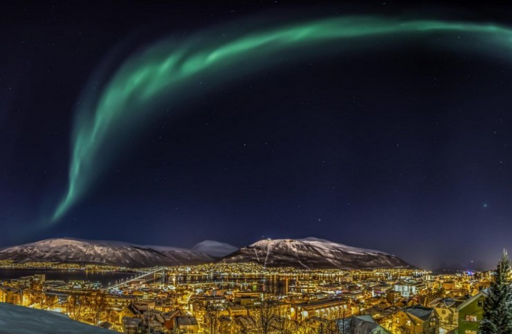 Top Island Cities-Tromso-Photo by Yngve Blomsø