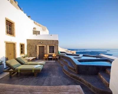 Sophia Suites – Elegant Retreat in Santorini, Greece