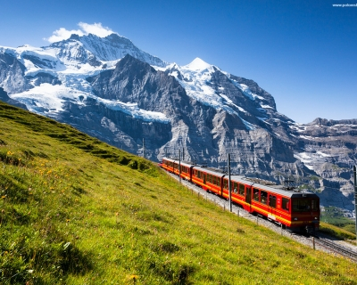 Top 10 Summer Trips in 2015