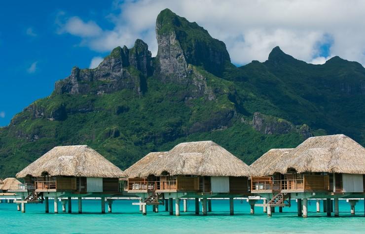 Top 10 Bungalows-Bora-Photo by Four Seasons Bora Bora4