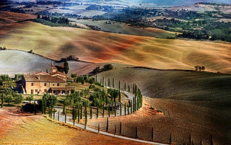 Top 10 Wine-Tuscany-Photo by Giuseppe Peppoloni