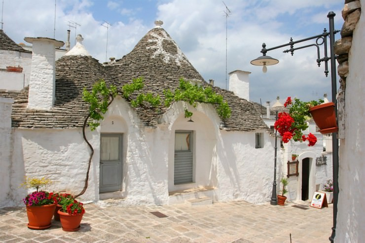 Top Ancient Towns-Alberobello3