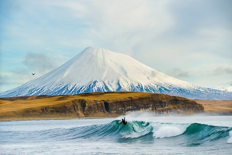 Top 10 Best Surfing Spots in 2015