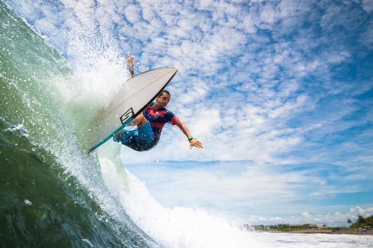 Top Surfing-Bali-Photo by Sylvain Fleur3