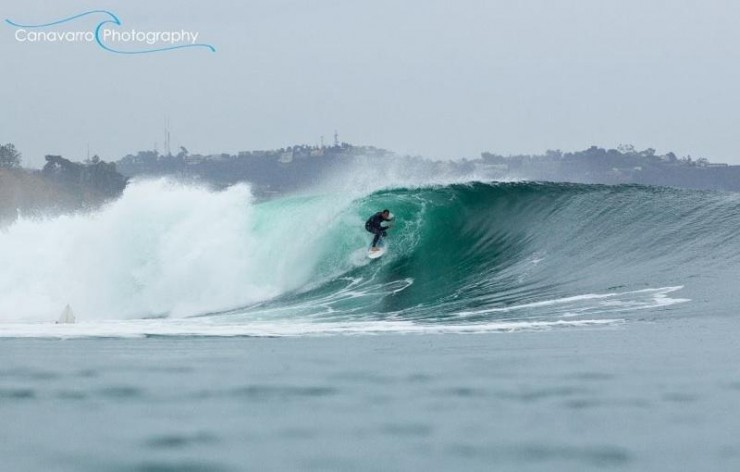 Top Surfing-Black-Photo by Canavarro Photography
