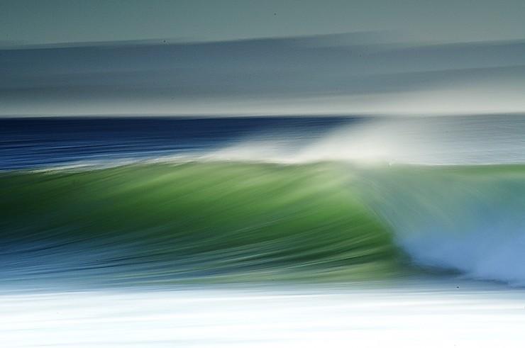 Top Surfing-Supertubes-Photo by Shaun Joubert