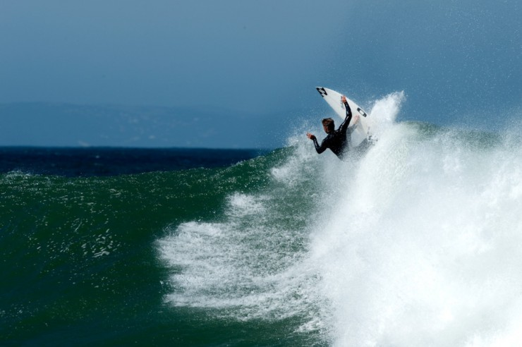 Top Surfing-Supertubes-Photo by Shaun Joubert3
