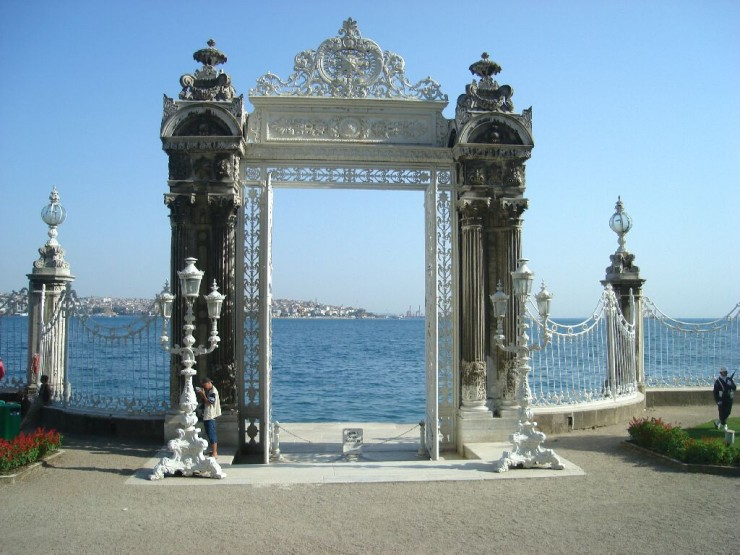 Top Istanbul-Dolmabahce2