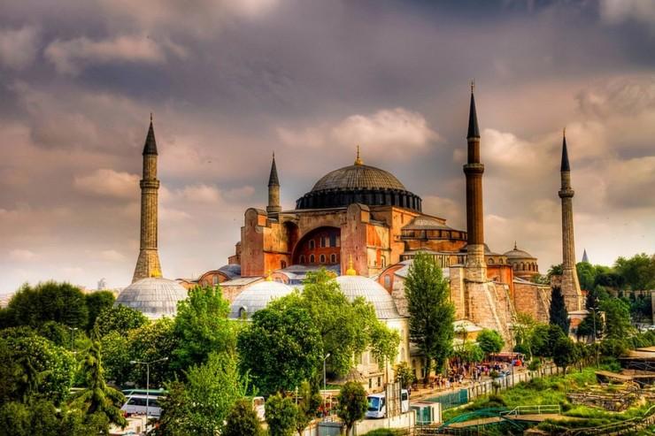 Top Istanbul-Hagia2