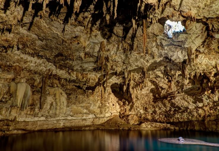 Top Mexico-Cenote-Photo by Damian Vines