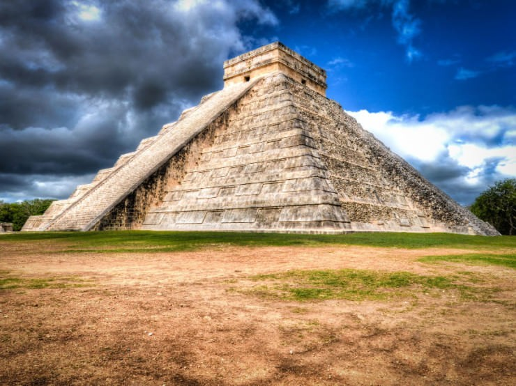 Top Mexico-El Castillo-Photo by Joe Gonzalez