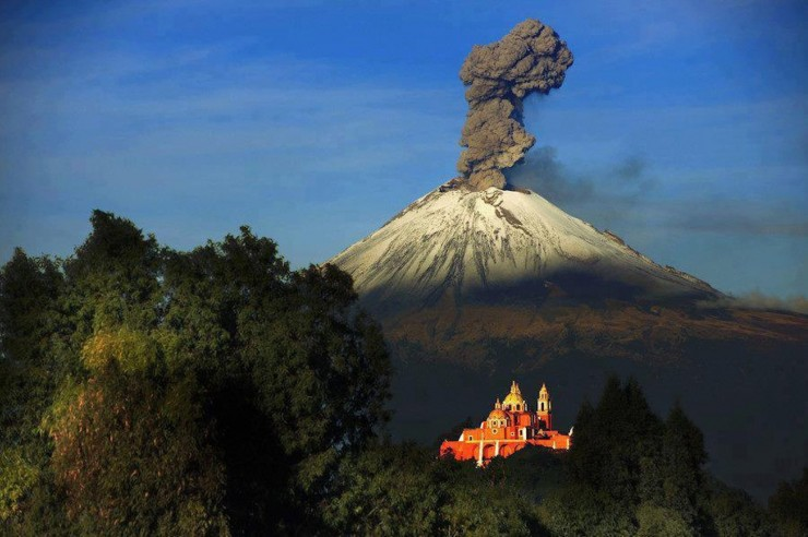Top Mexico-Popocatépetl-Photo by Cristobal Garciaferro Rubio