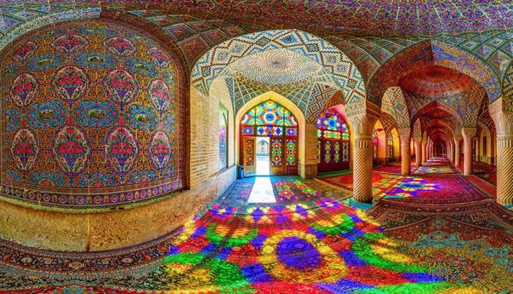Top Ornamental-Nasir-Photo by Omid Jafarnezhad