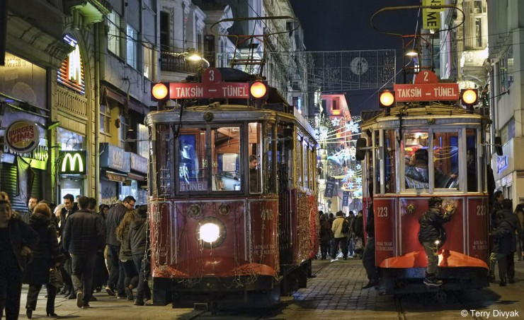 Top Trolley-Istanbul-Photo by Terry Divyak
