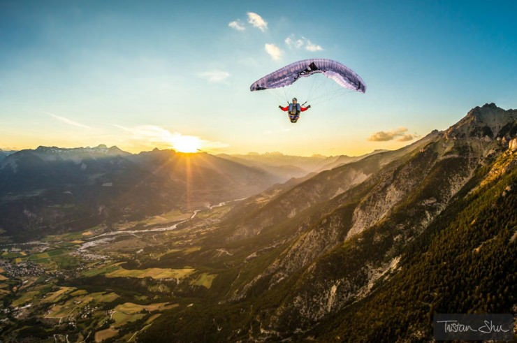 Paraglide-Photo by Tristan Shu2