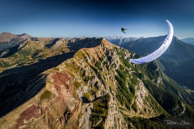Paraglide-Photo by Tristan Shu3