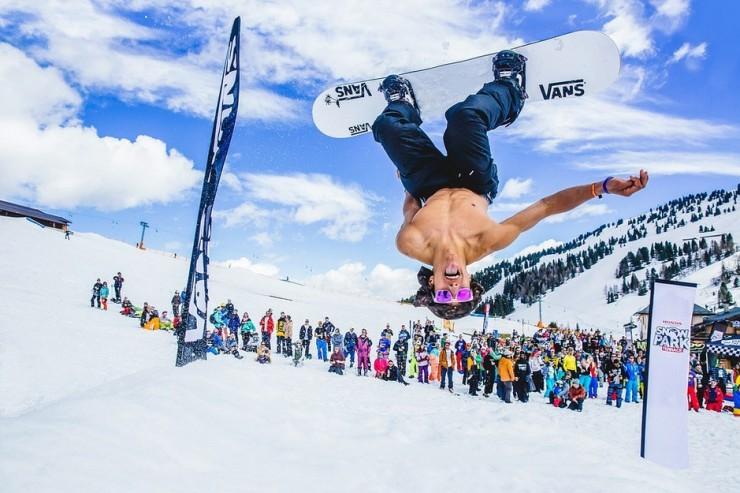 Snowbombing در اتریش