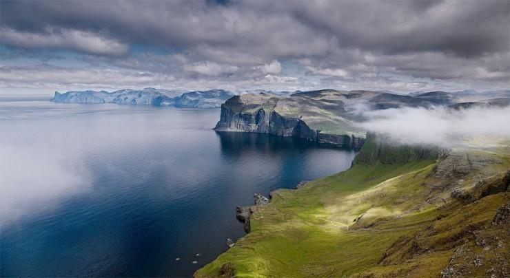 Faroe-Photo by Jonathan Andrew