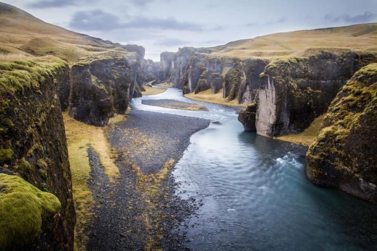 Fjaðrárgljúfur-Photo by Andrés Nieto Porras