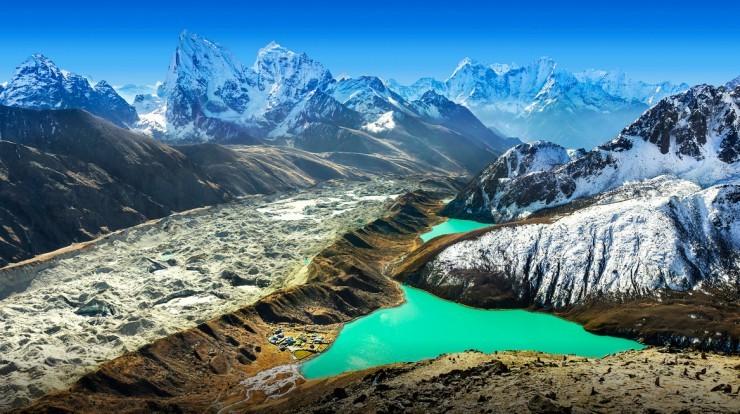 Himalayas-Photo by Maciej Bledowski