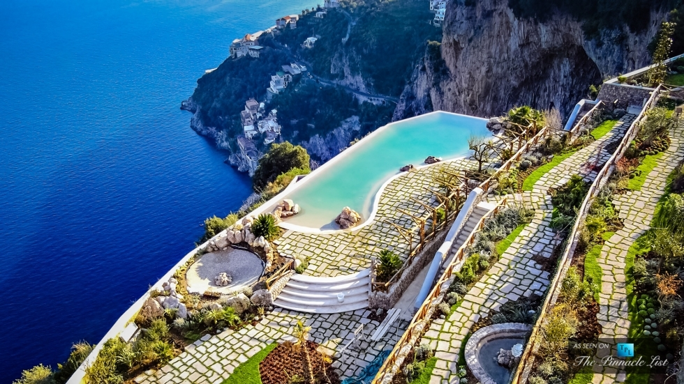 Top 10 things to see and do on the amalfi coast places for Great small hotels italy