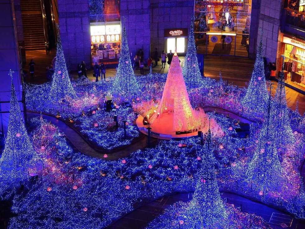 Top 10 things to see and do in japan in winter places to for Tokyo what to see