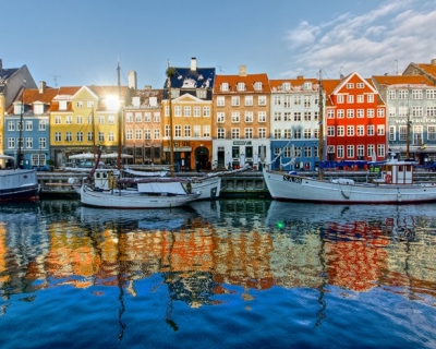 Top 10 Vibrant Harbor Cities
