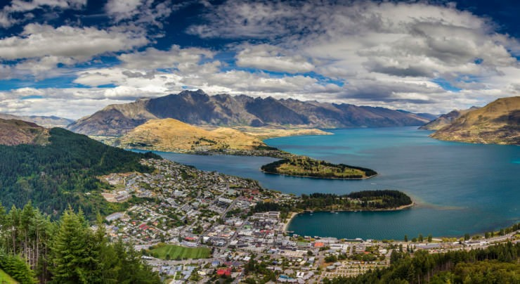 Queenstown-Photo by Ronald Kuiper