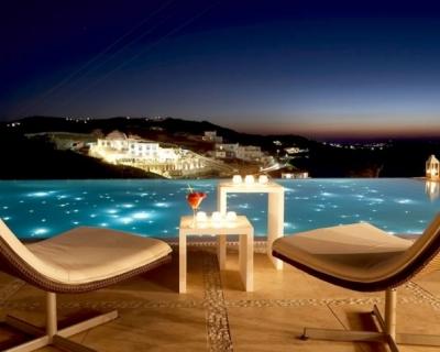Top 10 Wonderful Vacation Spots in Greece
