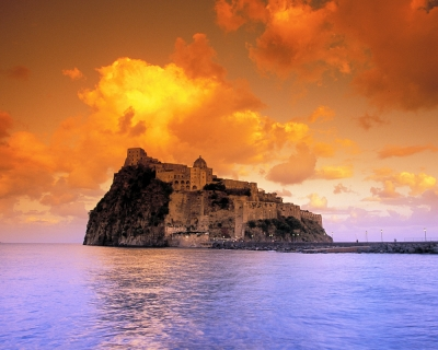 Top 10 Incredible Italian Castles