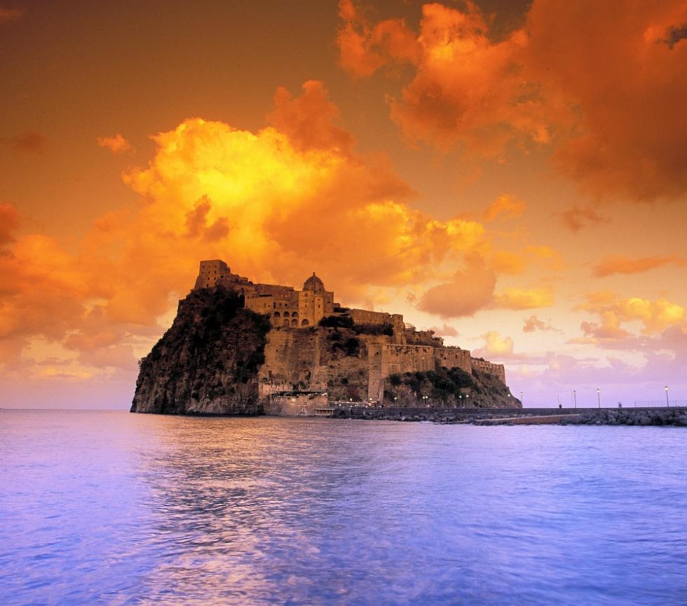 Top 10 Incredible Italian Castles