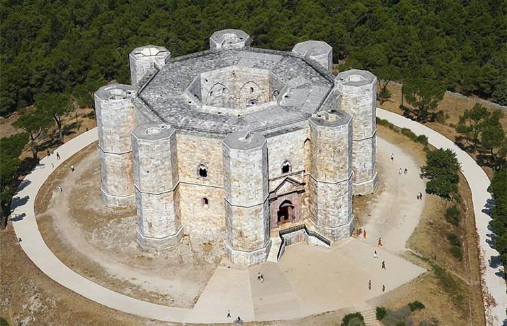 Castel-del-Monte3