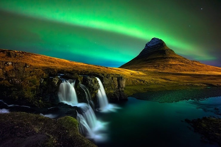 kirkjufell-Photo by Oxy Z