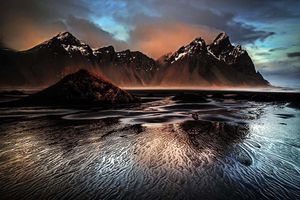 Top 10 Natural Black Landscapes