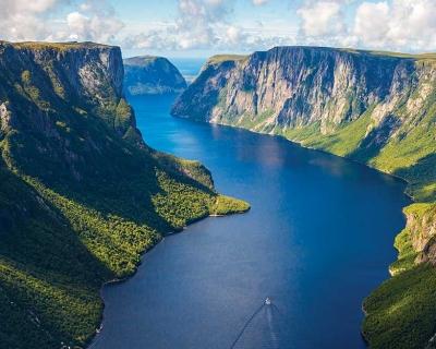 Top 10 Islands in the Atlantic Ocean