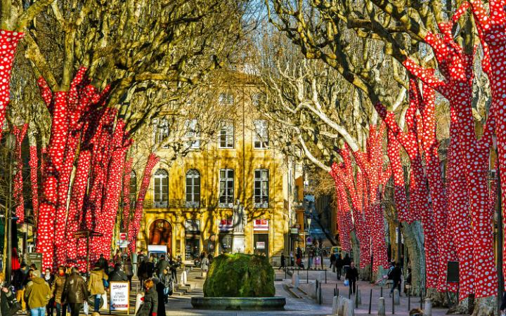 Aix-Photo by Alamy