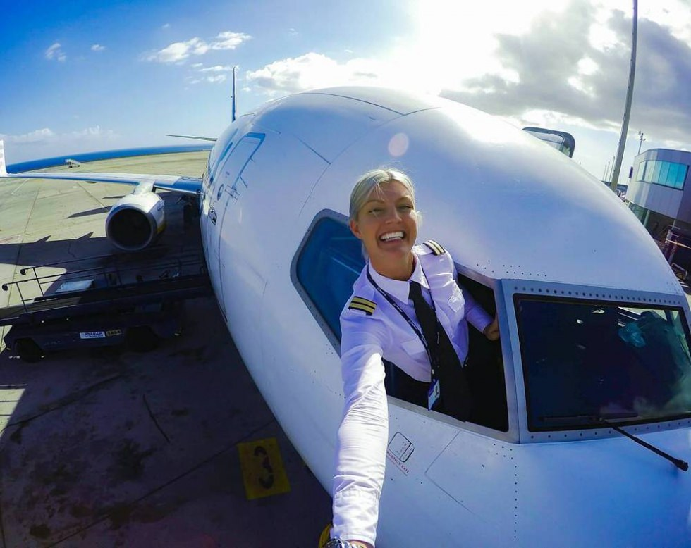 This Ryanair Pilot Takes The Best Selfies