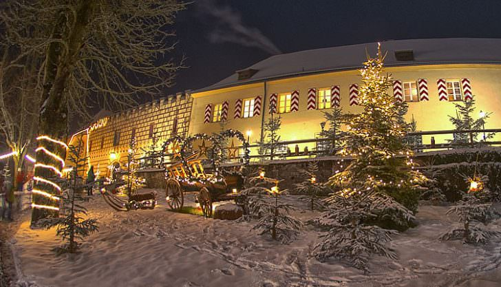 Schloss Guteneck Christmas Market, Germany