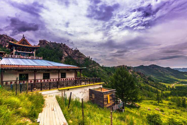 معبد بودایی آرایابال در پارک ملی Terelj ، مغولستان