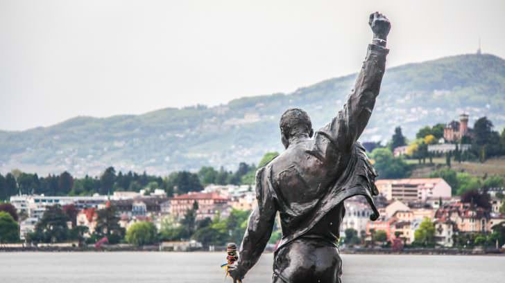 Freddie Mercury statue on waterfront of Geneva lake, made by Czech sculptor Irena Sedlecka