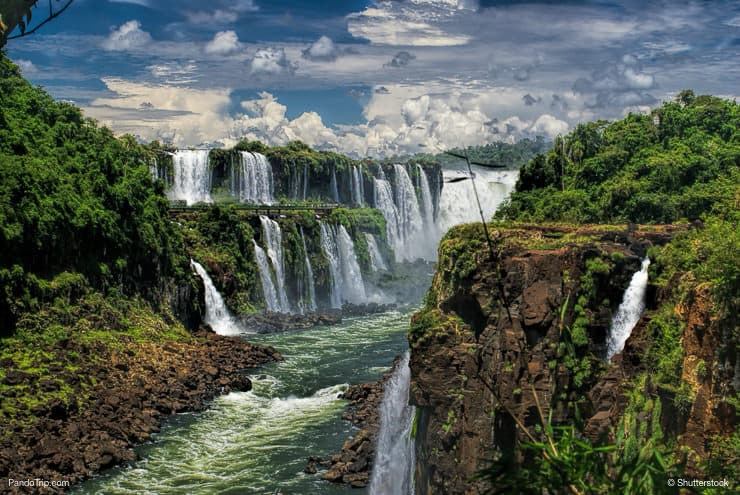 Amazing view of Iguazu falls
