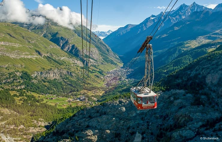 Cable car from Zermatt to Matterhorn